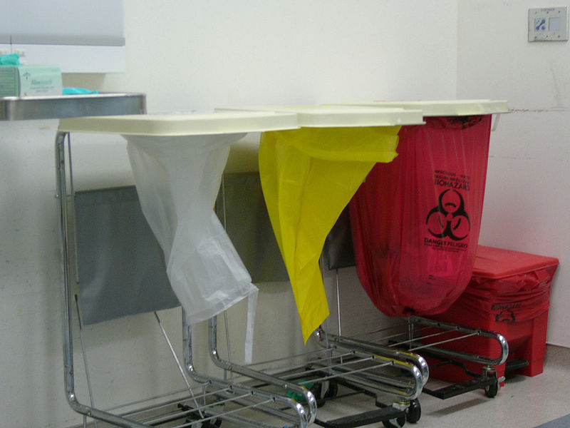 800px-Medical_waste_sorting_in_hospital